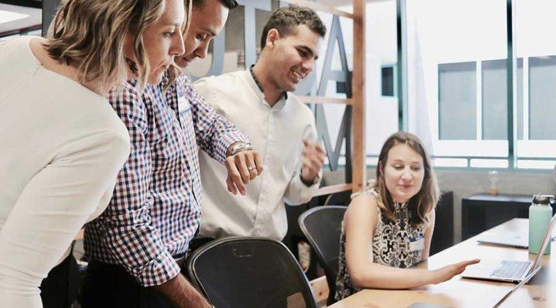 Puedes tener conversaciones fluidas con tus clientes